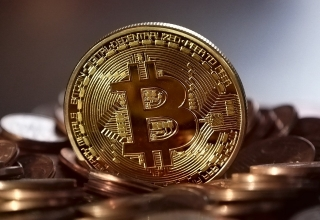 Why Bitcoin Can't Outclass Gold as a Safe Haven Investment