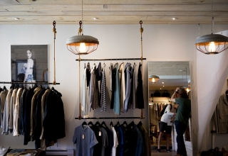 Using visual merchandising to increase retail sales