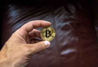 Banking Institutions Continue to Back Crypto